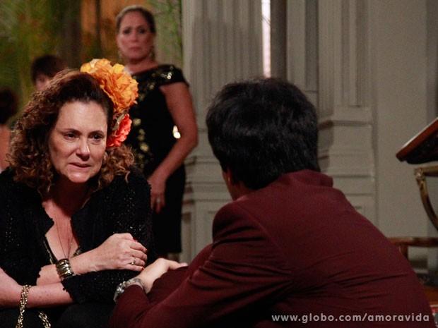 M�rcia consola F�lix (Foto: Ellen Soares/ TV Globo)