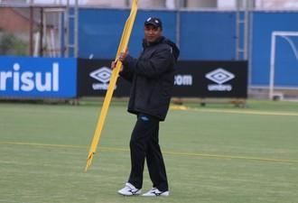Roger Machado Grêmio técnico (Foto: Eduardo Moura/Globoesporte.com)