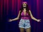 Blogueira com sete milhões de fãs encena peça sobre sua vida no PA