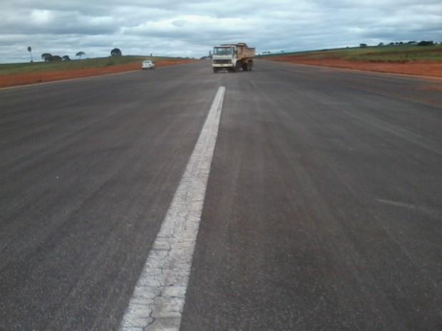 Aeroporto de Itapeva (SP) tem 1,5 mil metros de pista asfaltada. (Foto: Giliardy Freitas / TV TEM)