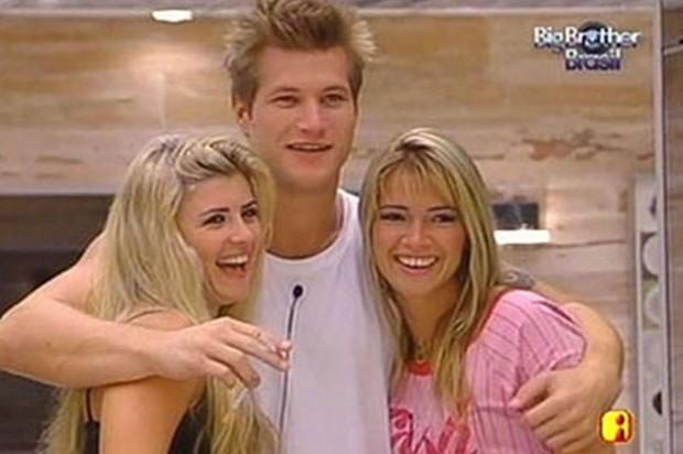 Iris, Alemão e Fani, no BBB 7 (Foto: Reprodução/Globo)