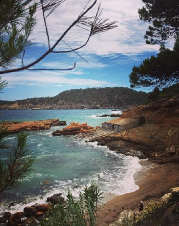 Yasmin Brunet e Evandro Soldati estão em Ibiza, na Espanha (Foto: Reprodução/Instagram)