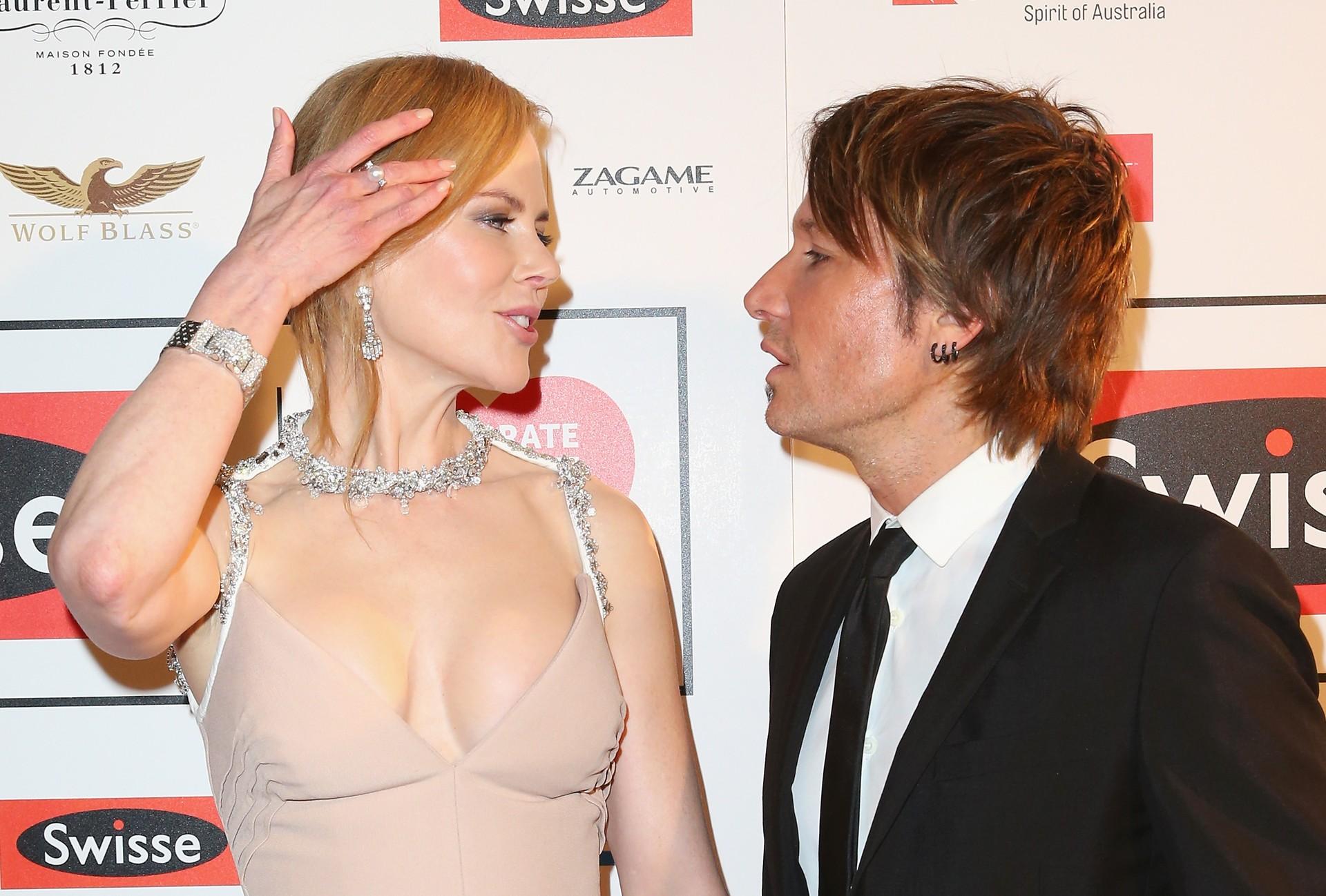 A atriz casou-se com o cantor australiano em 25 de Junho de 2006 e com ele tem duas filhas.  (Foto: Getty Images)
