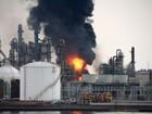 Explosão em fábrica no Japão mata bombeiro e deixa dezenas de feridos