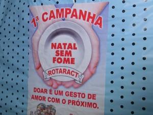 Campanha arrecada alimentos em Pederneiras (Foto: Reprodução / TV TEM)