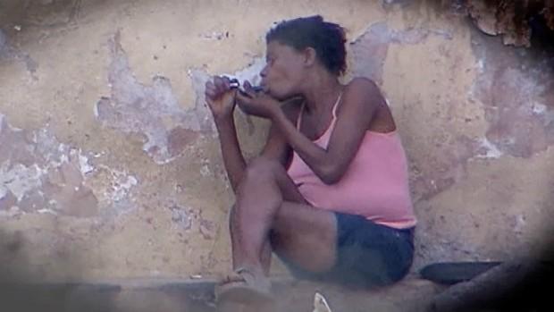 O uso do crack assola a realidade de muitas famílias brasileiras - série especial 'nascidos do crack' (Foto: Reprodução / Inter TV Grande Minas)