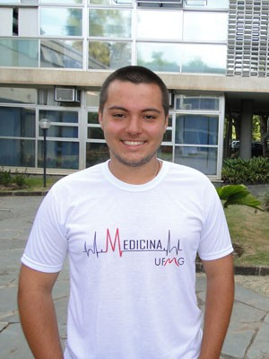 Pedro Henrique Torres Menezes foi o 3º lugar geral na UFMG (Foto: Alex Araújo/G1)