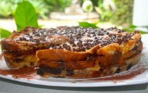 Veja como fazer uma torta de panetone com chocolate