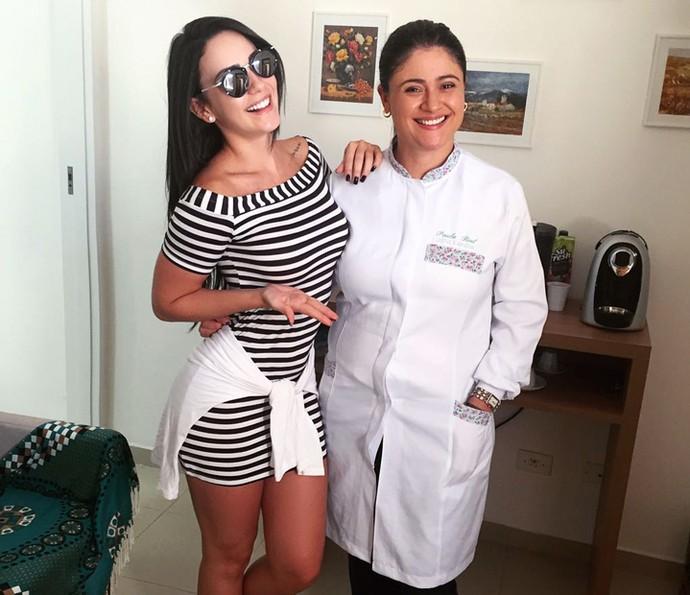 Gabrielle Cardoso e Paula Rial posam para foto (Foto: Arquivo Pessoal)