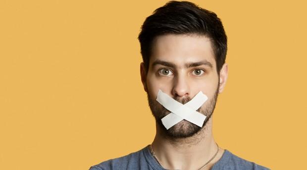 4 vantagens de quem fala menos e ouve mais no trabalho