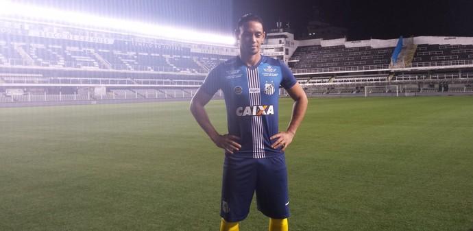 0deabaf814752 Ricardo Oliveira Santos Terceira Camisa Azul (Foto  Bruno Giufrida)