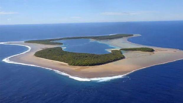 Em 1780, Pingelap foi atingida por um tsunami que dizimou a maior parte de sua população  (Foto: BBC)