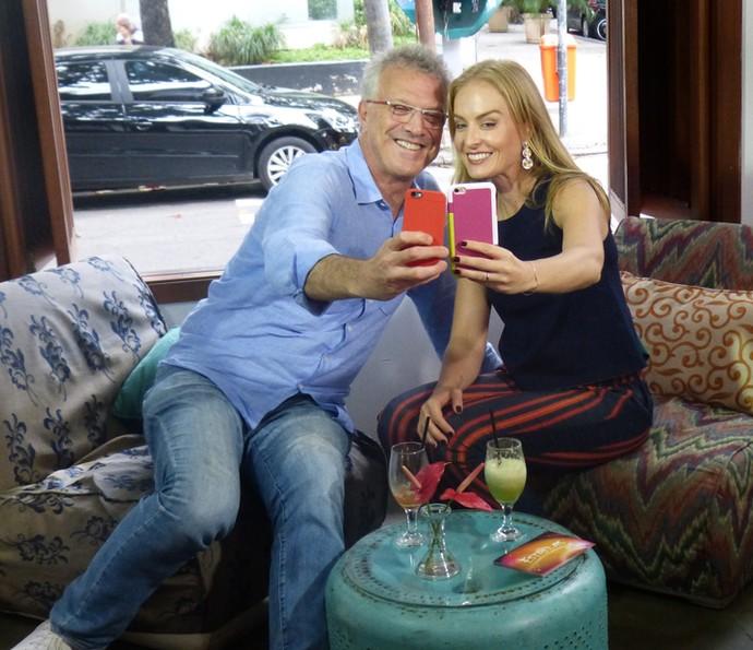 Teve selfie com Pedro Bial? Ah, mas se teve! (Foto: Nathália Gomes / Gshow)