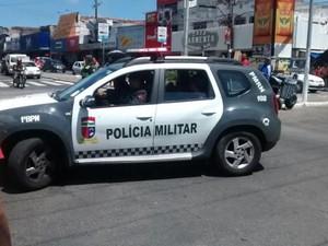 Crime aconteceu na Avenida Presidente Bandeira, no Alecrim (Foto: Sérgio Costa/Portal BO)