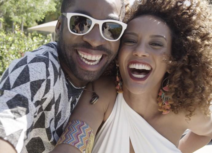 Brau e Michele em momentos românticos (Foto: TV Globo)