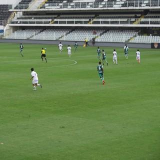 Santos e Palmeiras empatam no jogo de ida da decisão do Paulista sub-15 639a68d1296c5
