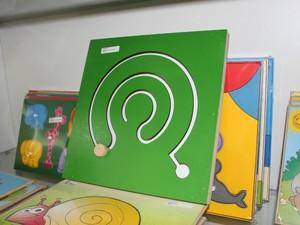 Jogos educativos podem estimular desenvolvimento da coordenação motora, percepção visual e até auxiliar na alfabetização.  (Foto: Camila Henriques/G1)
