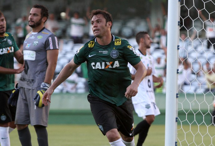 Kléber Coritiba Maringá Couto Pereira (Foto: Site oficial do Coritiba/Divulgação)