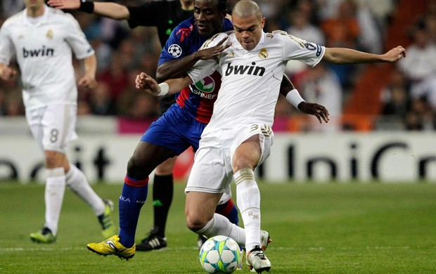 pepe real madrid x cska (Foto: Reuters)