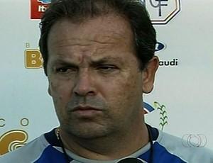 Heriberto da Cunha, técnico procurado pelo Vila Nova (Foto: Reprodução/TV Anhanguera)