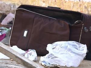 Corpo foi encontrado dentro de mala em Salvador (Foto: Imagem/TV Bahia)