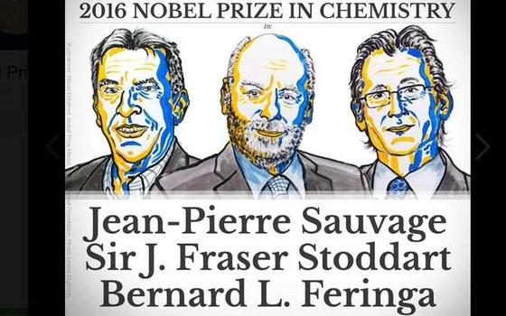 Os três cientistas, no anúncio da Academia Sueca: Sauvage, Stoddart e Feringa (Foto: Divulgação)