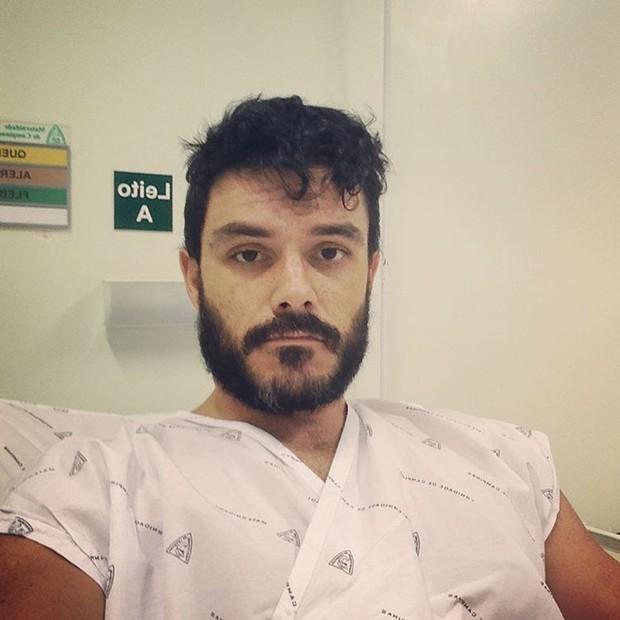 Kiko Pissolato no hospital (Foto: Reprodução/Instagram)