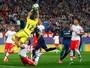 Taffarel elogia Júlio César, mas não garante nova chance na Seleção