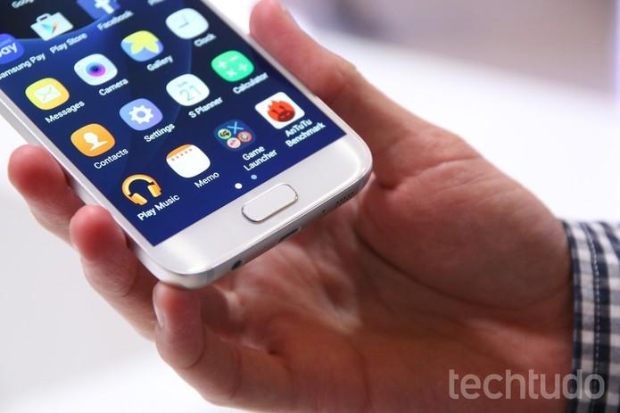 Galaxy S7 oferece maior memória RAM (Foto: Fabricio Vitorino/TechTudo) (Foto: Galaxy S7 oferece maior memória RAM (Foto: Fabricio Vitorino/TechTudo))
