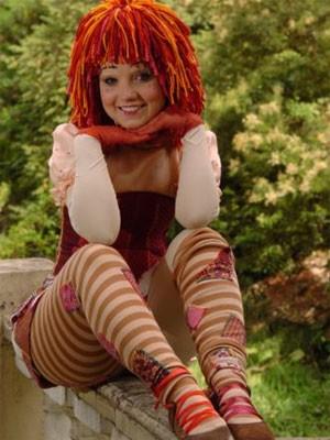 Caracterizada como a boneca de pano Emília, em 'Sítio do Picapau Amarelo': sonho realizado (Foto: Divulgação/TV Globo)