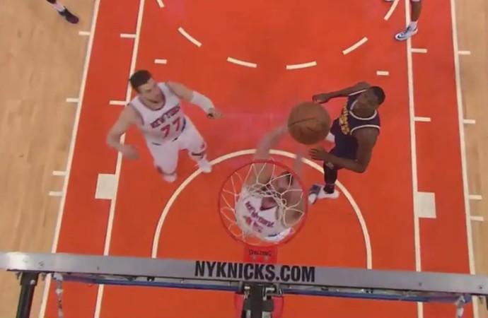 Cole Aldrich cesta contra Knicks x Pacers nba (Foto: Reprodução)