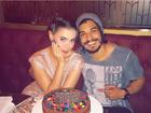 Rayanne Morais comemora aniversário com Douglas Sampaio