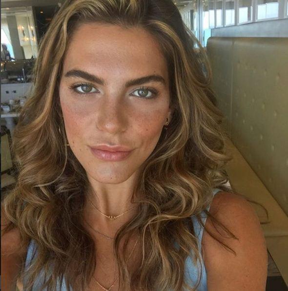 Mari no clique compartilhado pela maquiadora (Foto: Reprodução/ Instagram)