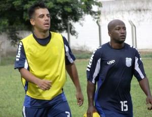 Jogadores já treinavam no Aryzão (Foto: Divulgação/Site Goytacaz)