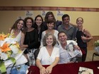 Veja os famosos que estiveram na noite de autógrafos de Irene Ravache