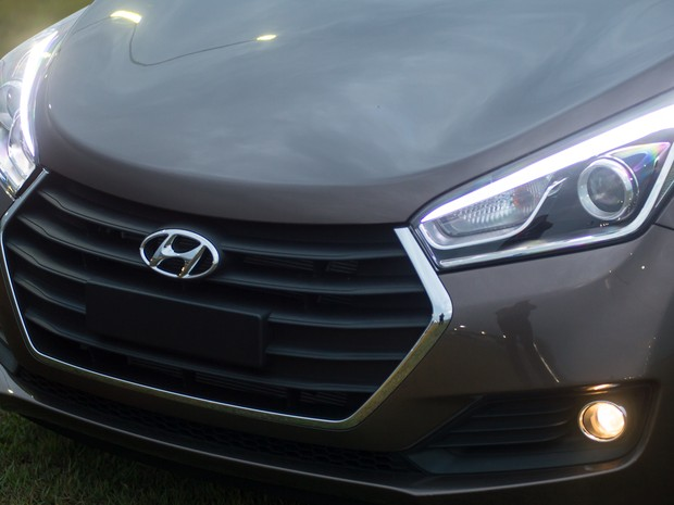 Auto Esporte - Hyundai HB20 2016 tem reestilização e preço parte de ... 7a01f8365b