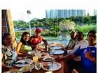 Naldo almoça em família: 'Minha base, minha raiz'