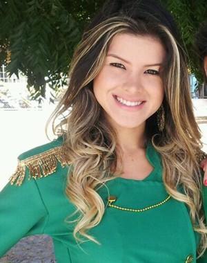 Helen Barros já foi confundida com Mirella Santos em micareta (Foto: Arquivo Pessoal)