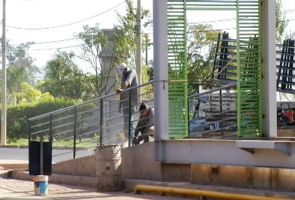Obras ainda estão sendo feitas na cidade (Foto: Reprodução/TV Integração)