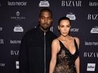 Kim Kardashian lidera as irmãs em festa nos Estados Unidos