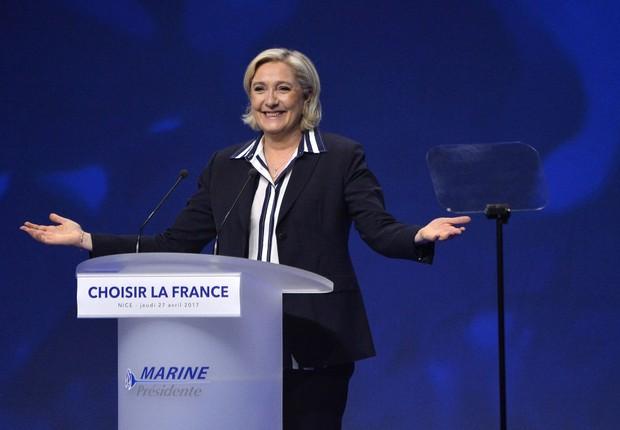 Le Pen plagia fragmentos de discurso pronunciado por Fillon