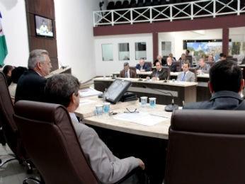 Vereadores aprovaram projeto que define orçamento municipal de 2014 por unanimidade (Foto: Divulgação / Câmara de Vereadores de Guarapuava )