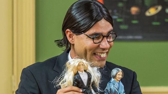 Professor Raimundo e Batista viram bonecos e dão o que falar na web