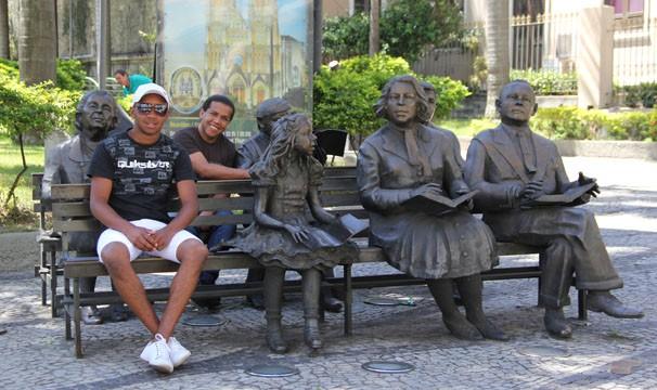 Os irmãos visitaram os pontos da cidade conhecidos como Rio Antigo, no Centro do Rio  (Foto: Luciana Lacerda / TV Globo)