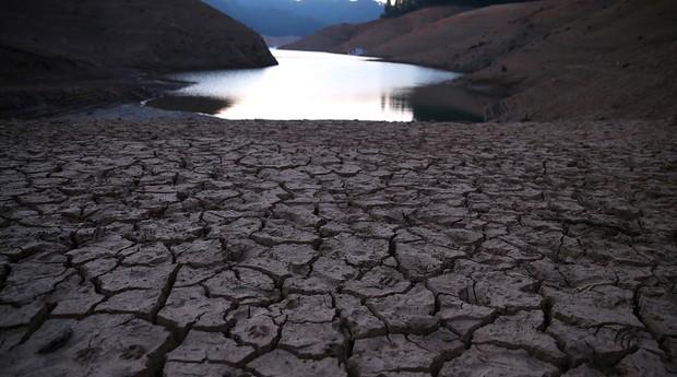 Lago Shasta tem hoje 30% de sua capacidade, o nível mais baixo desde 1977 (Foto: Getty Images)