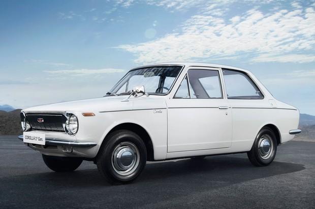 Primeira geração do Corolla foi lançada em 1966 (Foto: Divulgação)