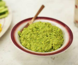 Pasta de ervilha com abacate