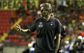 """""""Às vezes, perde-se o jogo e ganha-se uma equipe"""", diz Autuori sobre mistão"""