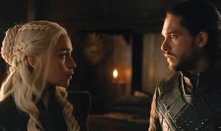 Fãs apostam que Daenerys e Jon vão se casar e assumir o Trono de Ferro juntos. Assim, fariam um governo mais justo. E já existe a torcida para que a Mãe dos Dragões engravide, apesar de ela ter afirmado ser infértil | HBO