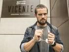 Preso?! Rafael Cardoso grava cenas de Vicente algemado